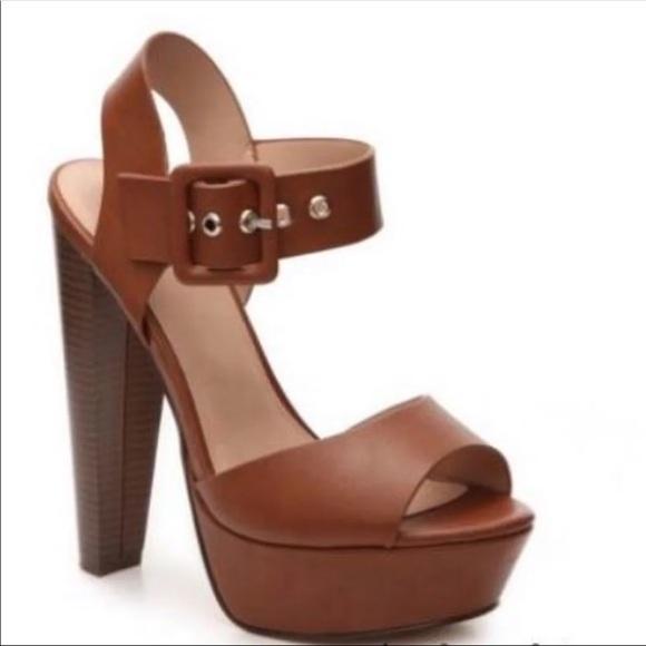9e567d4a114b 6 Bessie Platform Sandal